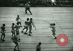 Immagine di Partita di basket New York United States USA, 1946, secondo 14 filmato di repertorio 65675021122