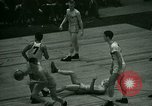 Immagine di Partita di basket New York United States USA, 1946, secondo 38 filmato di repertorio 65675021122