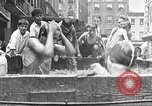 Immagine di Fatta in Casa piscina New York United States USA, 1922, secondo 11 filmato di repertorio 65675061269