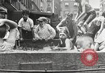 Immagine di Fatta in Casa piscina New York United States USA, 1922, secondo 17 filmato di repertorio 65675061269