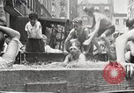 Immagine di Fatta in Casa piscina New York United States USA, 1922, secondo 18 filmato di repertorio 65675061269