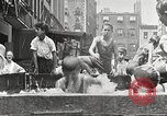 Immagine di Fatta in Casa piscina New York United States USA, 1922, secondo 22 filmato di repertorio 65675061269