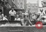 Immagine di Fatta in Casa piscina New York United States USA, 1922, secondo 23 filmato di repertorio 65675061269